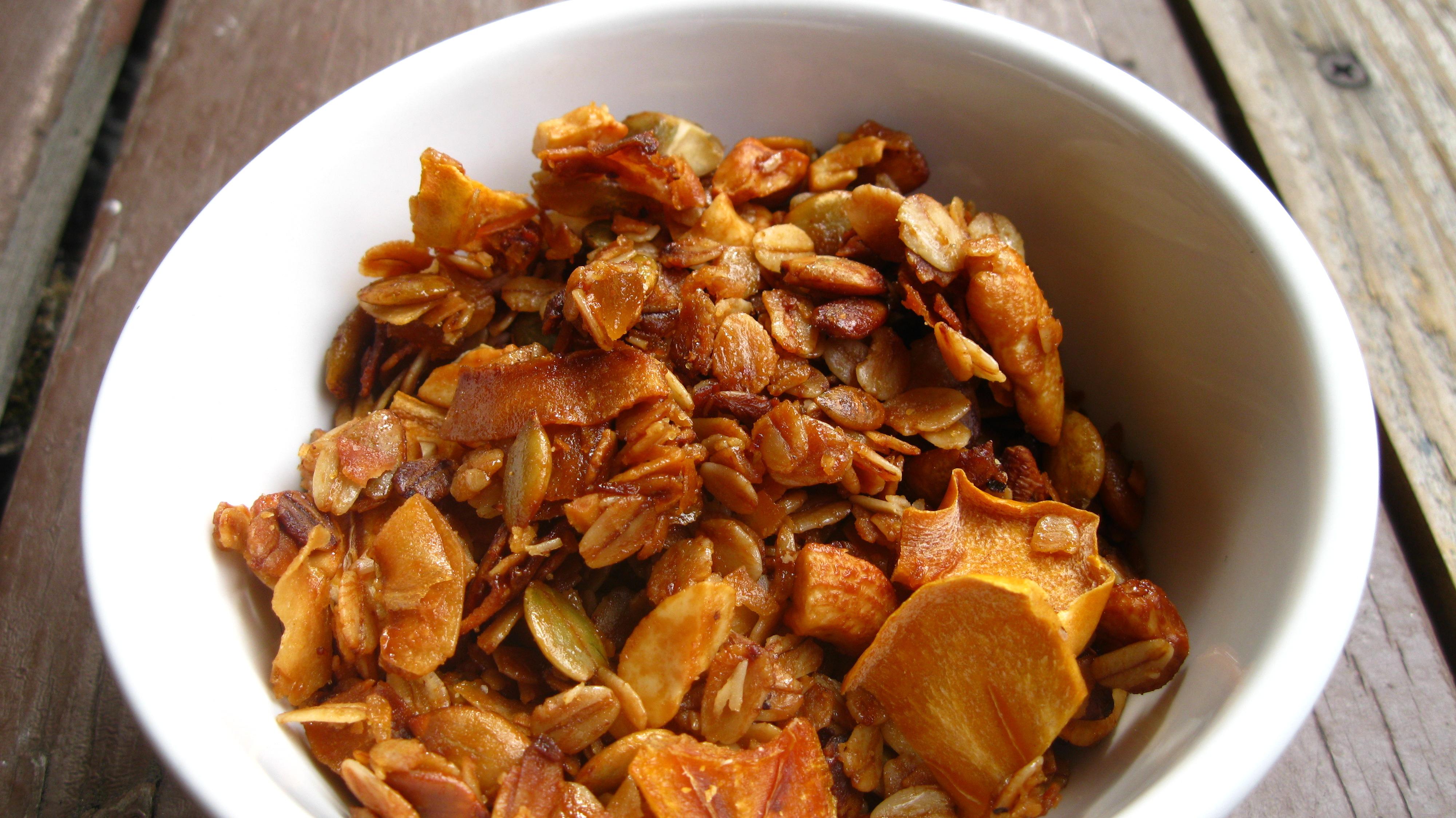 persimmon cashew pepitas ginger granola   veg here